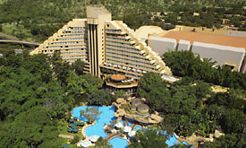 Sun City Holiday Resort in South Africa, Cascades Hotel
