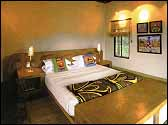 Vuyatela, Safari Lodge adjoining the Kruger National Park