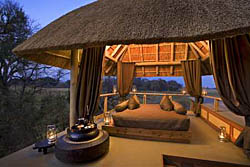 Xudum Delta Lodge, Luxury Safari Camp on teh Okavango Delta in Botswana
