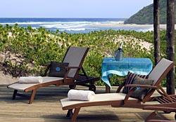 thonga-beach-deck-close-up